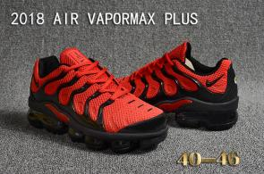 air vapormax plus baskets basses red black
